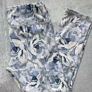 Mono B white and blue floral capri leggings